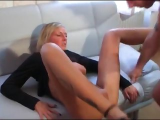 gorgeous milf gets fucked by her new neighbor