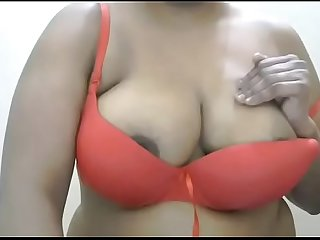 what a awesome big breasts of indian mature bhabhi