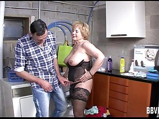 Mature german whore gets bap fucked