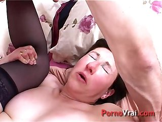 Climax mature naive french with a stranger French amateur