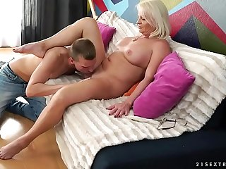 Big manmeat lover mature has multiple orgasms