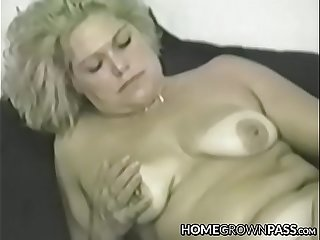 Mature vixen cravingly plunging big fuck stick in every hole