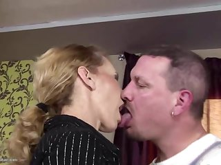 Skinny mature mother gets ass-fuck sex and drinks pee