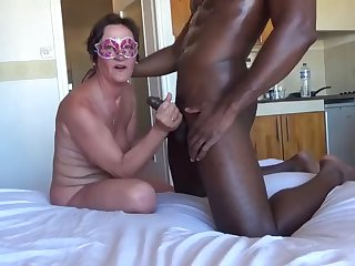 mature woman suck and fuck black cock